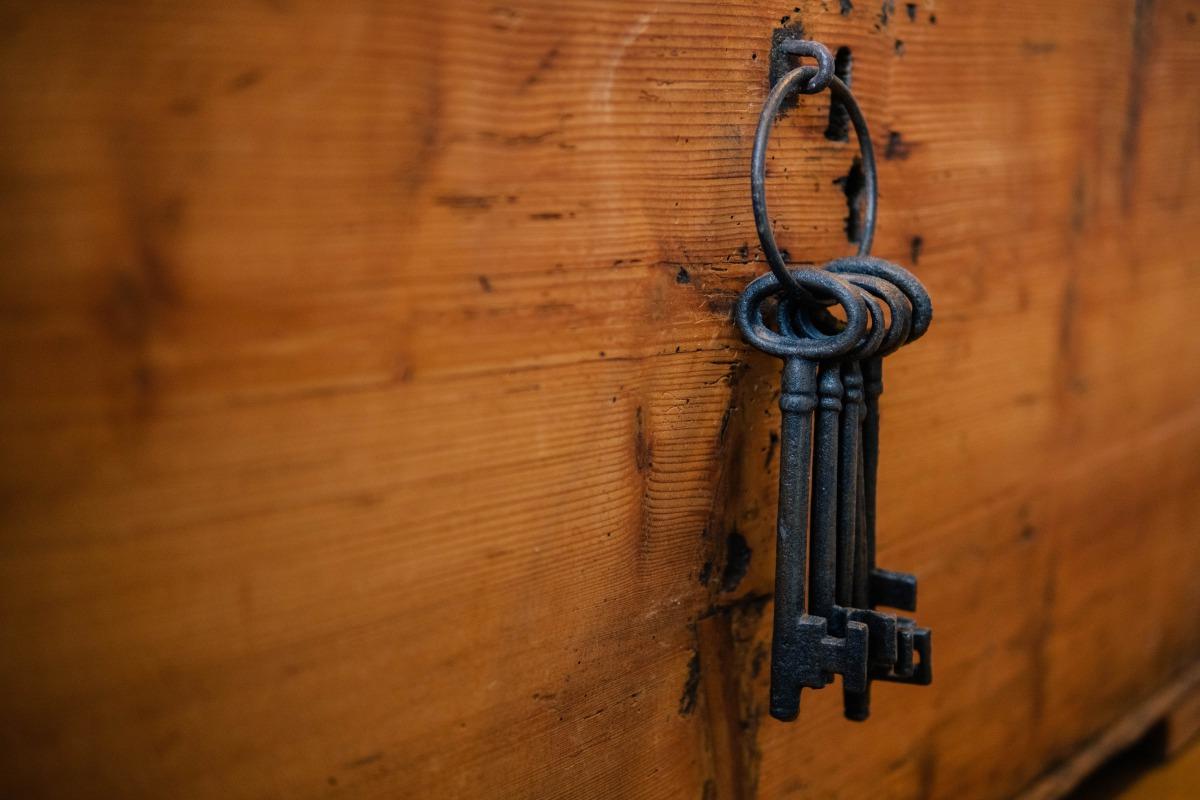 【賃貸経営で不動産会社に訪問営業7つの手順5】鍵の解除方法を教える